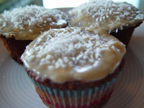 Gluten Free Carrot Cupcakes w/Cream Cheese Icing