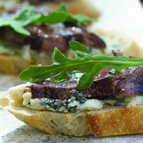 Beef Bruschetta With Shiraz Drizzle