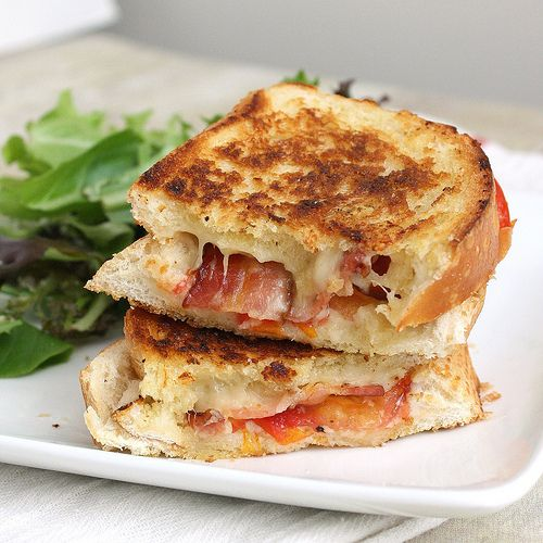 Garlic-Rubbed Grilled Cheese with Bacon and Tomato
