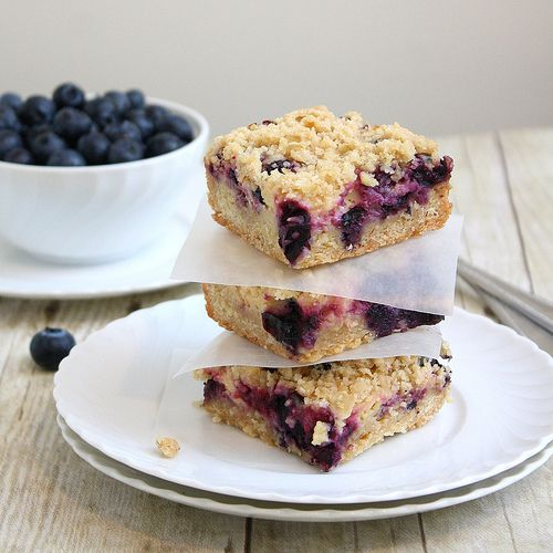 Blueberry-Streusel Bars with Lemon Cream Filling