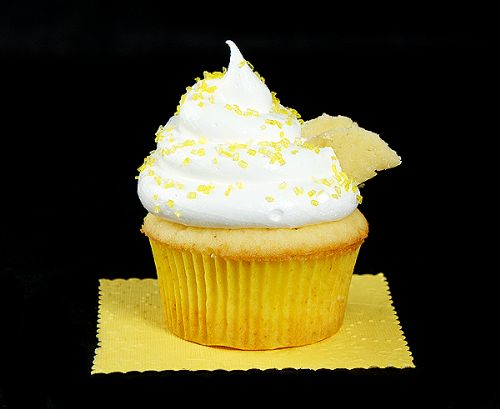 Honey-Kissed Yellow Cupcakes with Meringue Icing