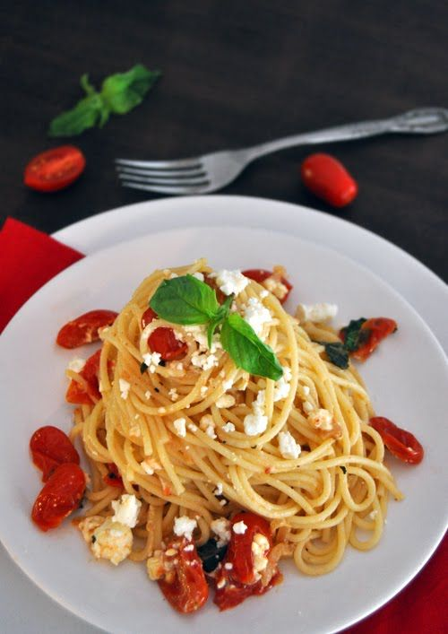 Pasta with Cherry Tomatoes, Basil & Feta Cheese