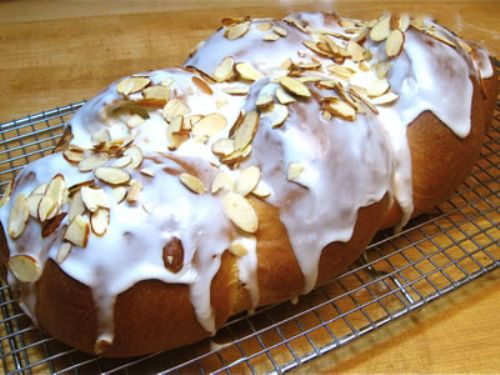 Auntie Flora's Coffee Bread