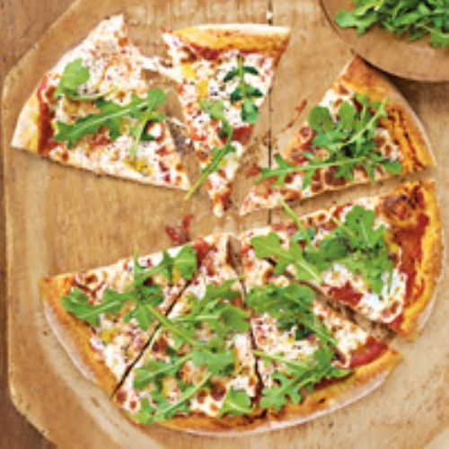 Arugula and Fresh Mozzarella Pizza
