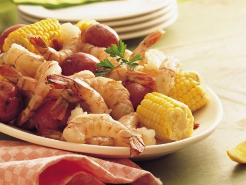 Shrimp, Sweet Corn & New Potato Boil