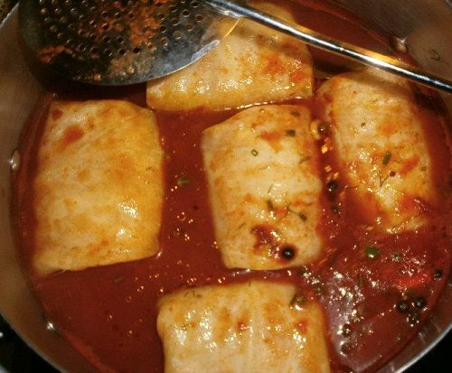 Stuffed Cabbage Rolls with Meat and Rice
