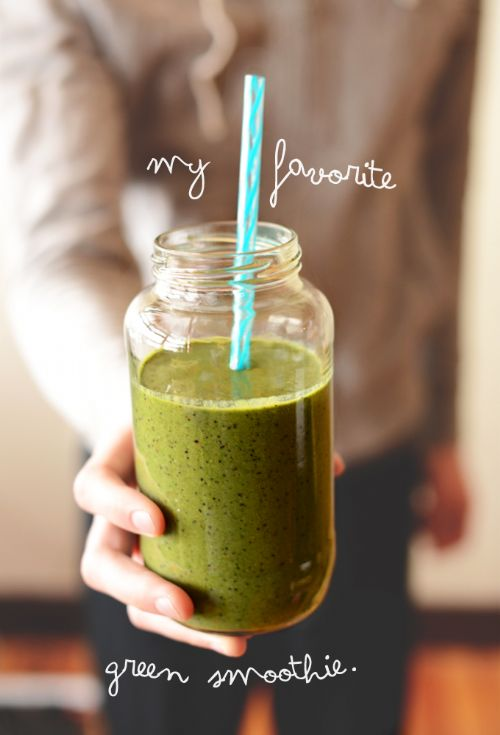 Favorite PB Banana Green Smoothie