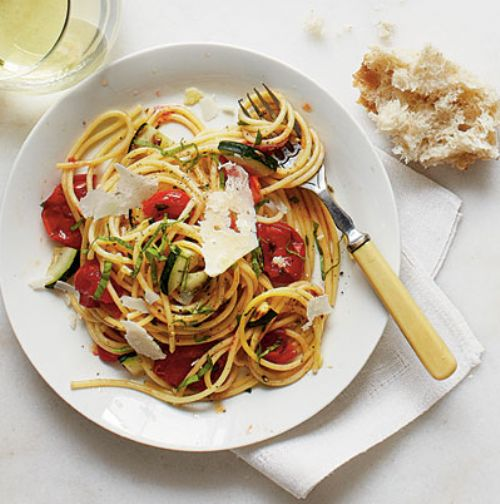 Burst Tomato and Herb Spaghetti