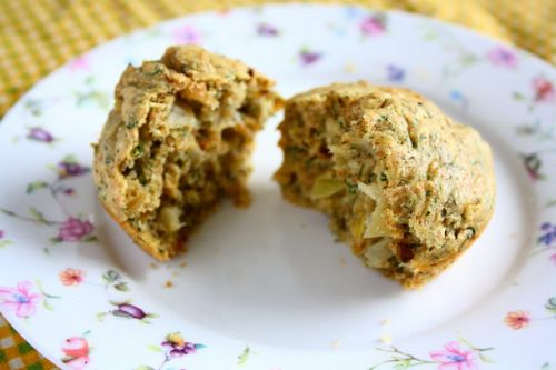 Low Fat Onion Dill Muffins
