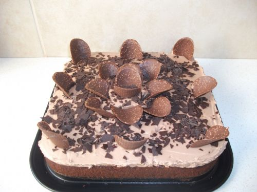 Amanda Gateaux (Almond & Chocolate)