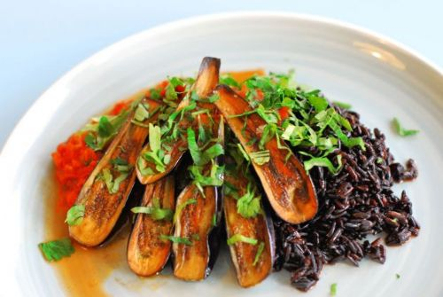 Baby Aubergines with Rice and Tomato Sauce