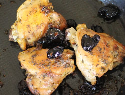 Chicken with Black Olives