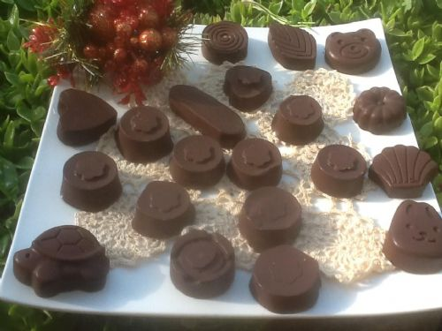 Nutella / nut filled chocs using ice cube moulds
