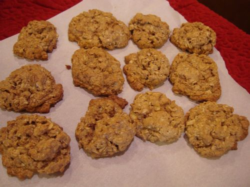Vanishing Cinnamon Nutmeg Oatmeal Cookies
