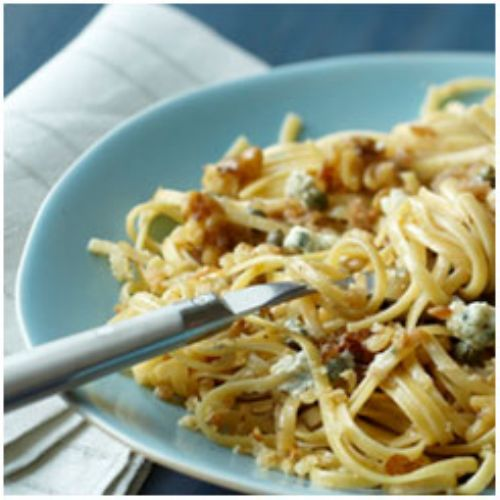 Pasta with Walnuts, Gorgonzola and Ciabatta Crumbs