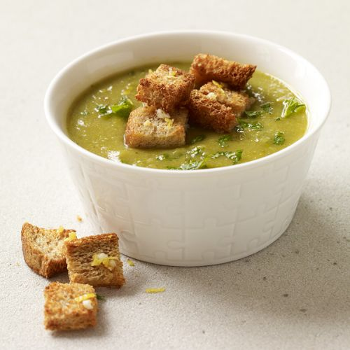 Creamy Asparagus-Leek Soup with Homemade Croutons