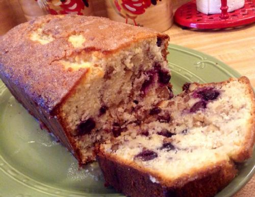 Blueberry and Walnut Bread