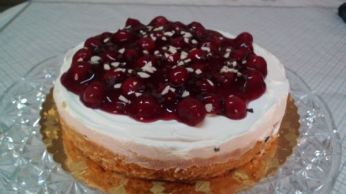 Unbaked Cherry Cheesecake