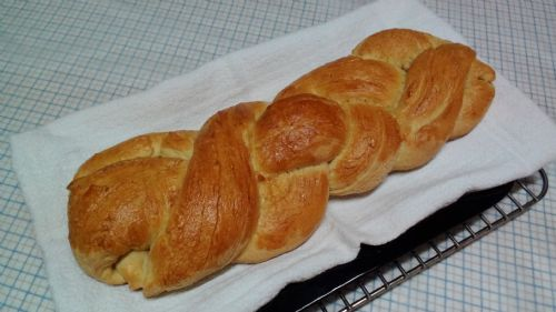 Zopf - Traditional Swiss Sunday Bread