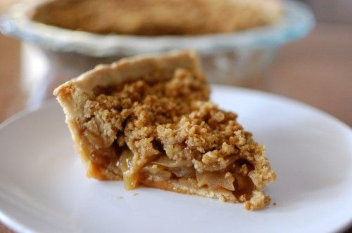 Easy Apple Pie with Crumb Topping