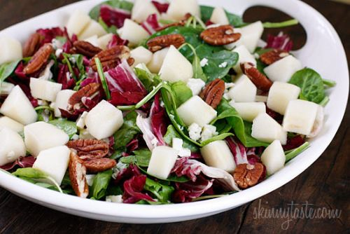 Autumn Salad with Pears and Gorgonzola