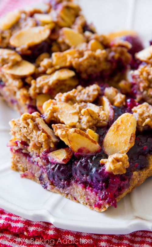 Healthy Berry Streusel Bars