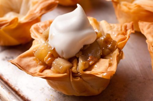Gingered Pear in Phyllo Cups