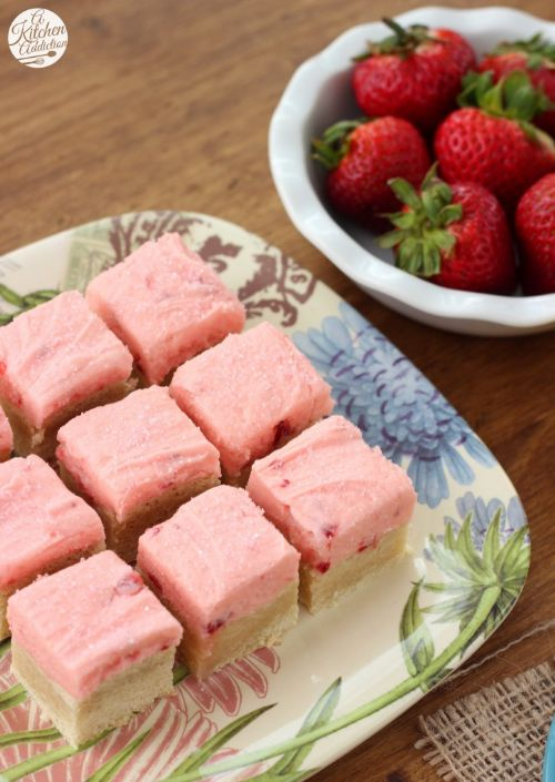 Strawberry Lemonade Frosted Sugar Cookie Bars