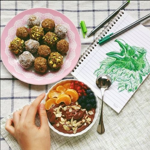 raw citrus fig and walnut bliss balls