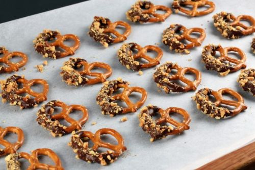 Chocolate Almond Pretzels