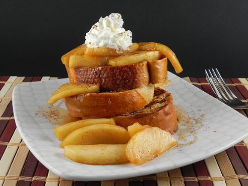 French Toast with Maple Apple Compote