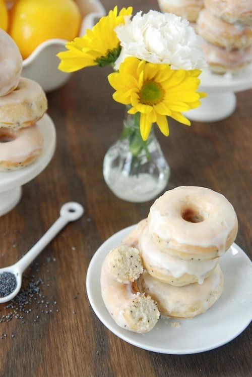Lemon Poppy seed donuts