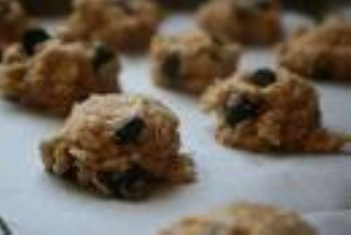 Chewy Oatmeal Choc Chip Cookies