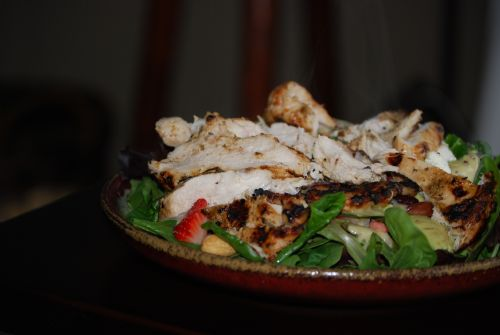 Mixed Salad with Balsamic Herbed Grilled Chicken