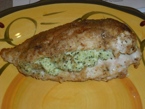 (WOOD) Cream Cheese Pesto Stuffed Chicken Breasts