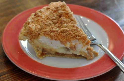 Old Fashioned Peanut Butter Pie