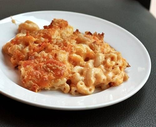 Cheesy Mac & Cheese Bake