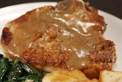 Chef Chuck's Pork Chops with Gravy