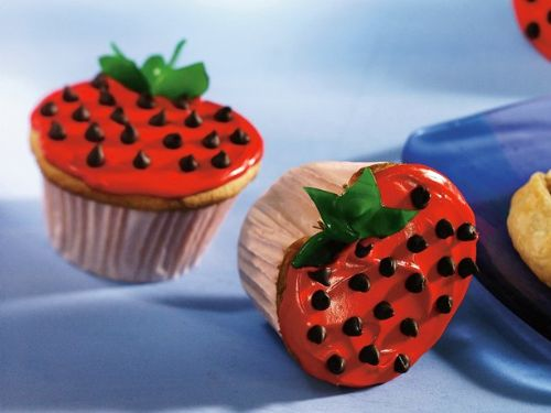 Cupcake Strawberries II