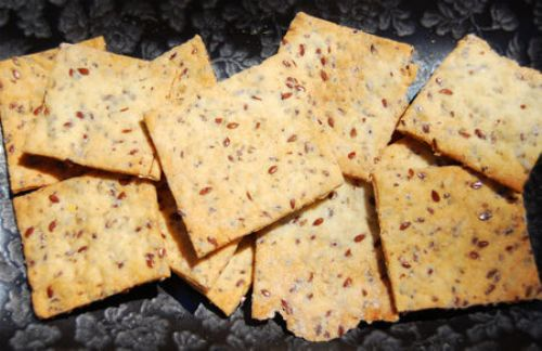 Jolene's Flaxseed Crackers